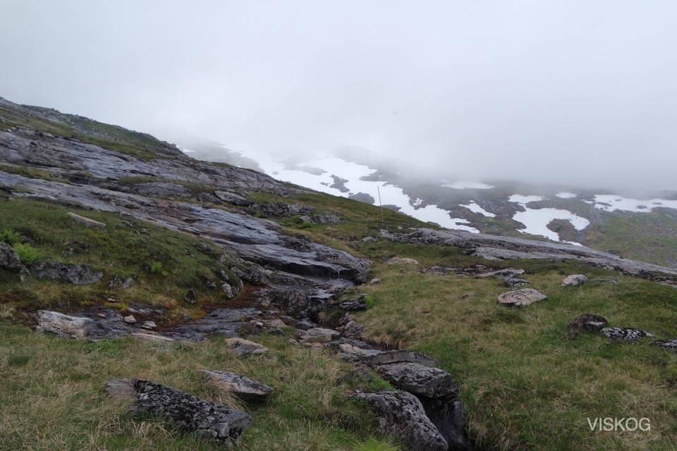 Starten fra Bumannsvatnet er bratt oppover.